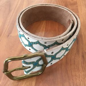 """Lucky Brand Medium 28"""" Embroidered Leather Belt."""